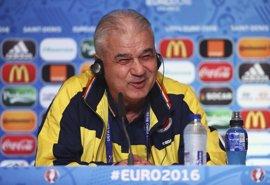 """Iordanescu: """"Los jugadores franceses valen cientos de millones de euros"""""""