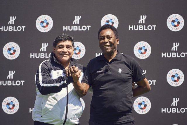 Maradona y Pelé en un acto previo a la Eurocopa