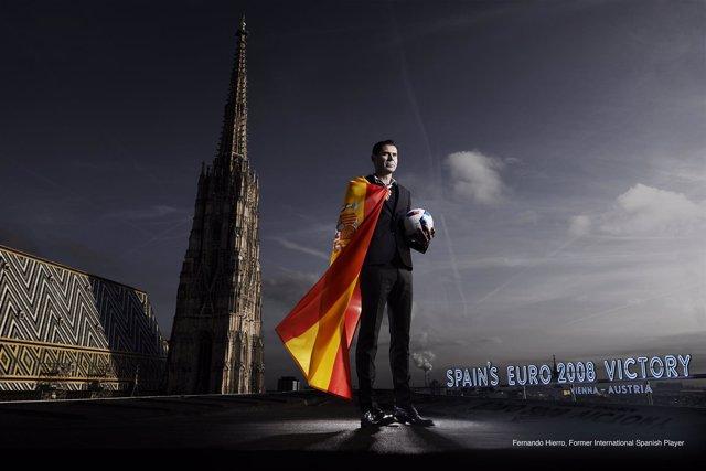 Tu momento de la Eurocopa con Hublot, Fernando Hierro