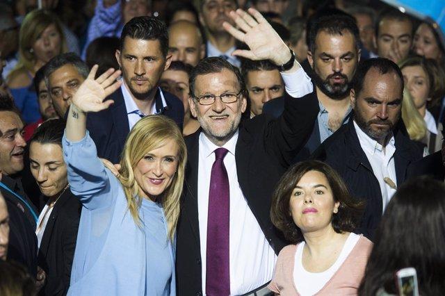 Rajoy, Sáenz de Santamaría y Cifuentes, en la apertura de campaña