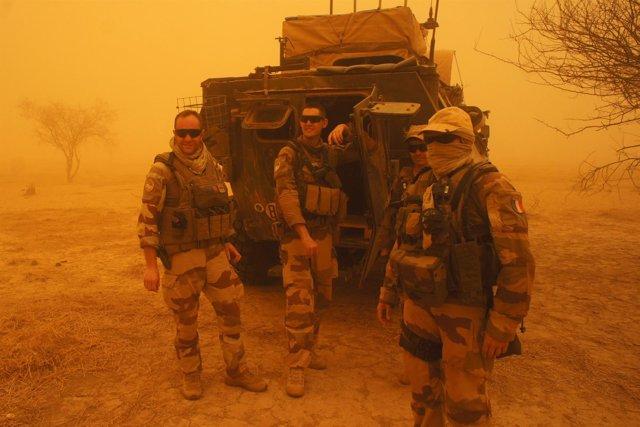 Militares franceses en la operación Barjane