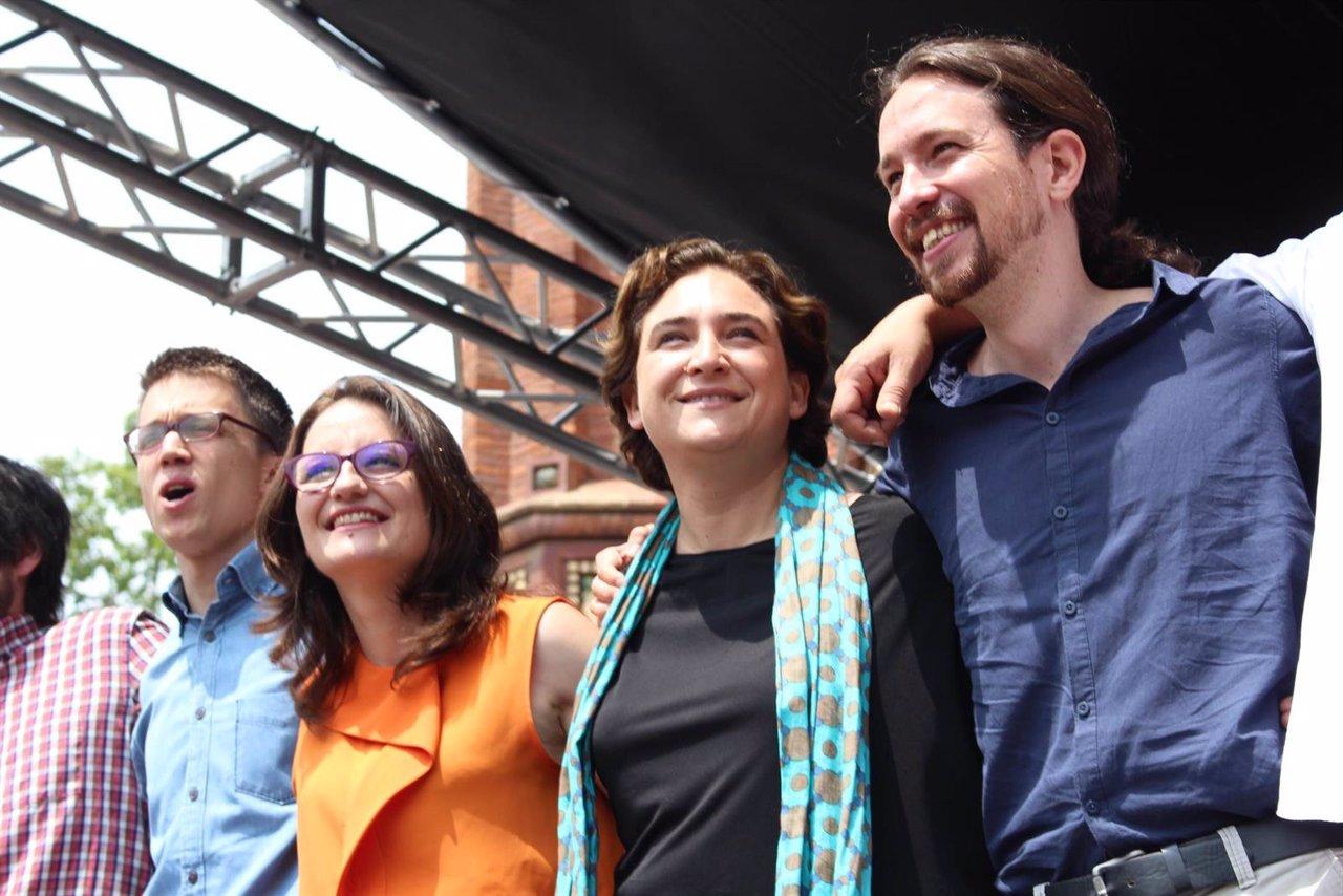 Iñigo Errejón, Mònica Oltra, Ada Colau y Pablo Iglesias