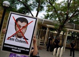 Berlín alerta a sus diputados de origen turco tras la resolución sobre el genocidio armenio