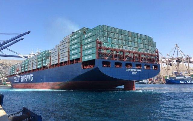 Barco inaugurará Canal de Panamá