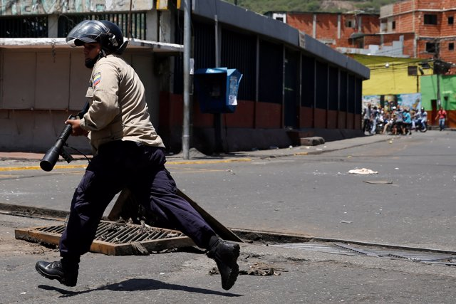 Tres muertes durante las marchas por la falta de alimentos en Venezuela