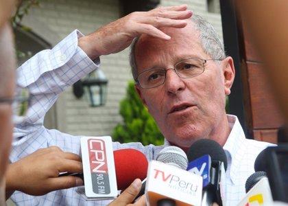 """Kuczynski pide ayuda económica para propiciar una """"transición"""" en Venezuela"""