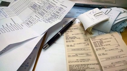 Las empresas del Ibex triplican el plazo legal de pago a proveedores: 160 días de media