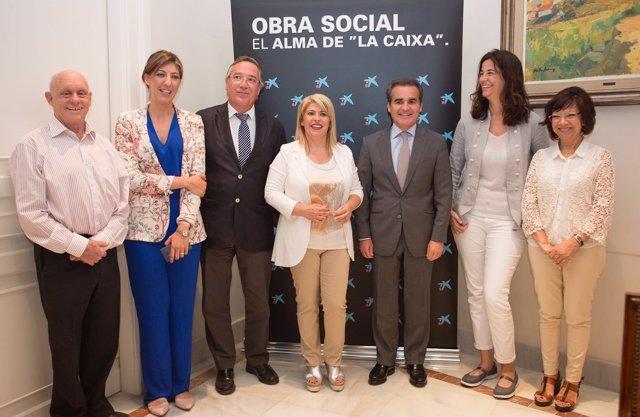 La Obra Social la Caixa firma un convenio con Madre Coraje en Jerez