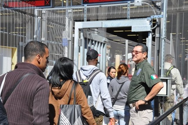 Inmigrantes cubanos llegan a México