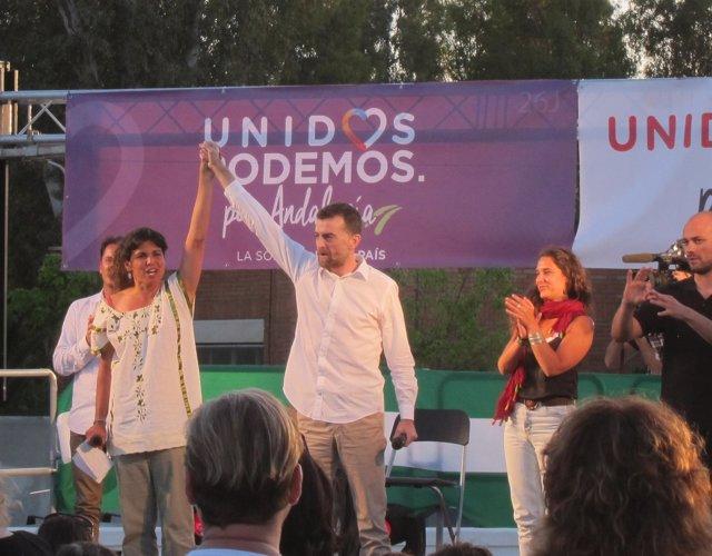 Teresa Rodríguez (Podemos) y Antonio Maíllo (IU) en un acto público
