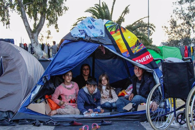 Refugiados kurdos en El Pireo, Grecia