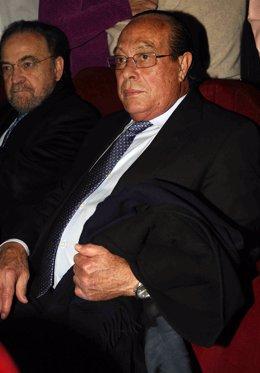 El matador Curro Romero durante un concierto de Isabel Pantoja