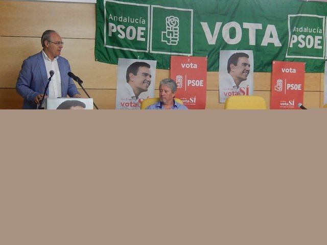 Acto del PSOE en Nueva Carteya (Córdoba), con Juan Pablo Durán