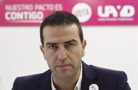 "Maneiro (UPyD) se propone ""desenmascarar a populistas"" como Iglesias y a ""vendedores de humo"" como Rivera"