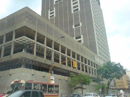 Un asaltante muerto tras herir a dos personas en la sede del Banco Central de Venezuela