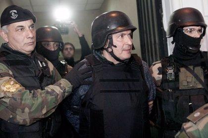 El bloque del Frente para la Victoria expulsa al diputado López del Parlasur