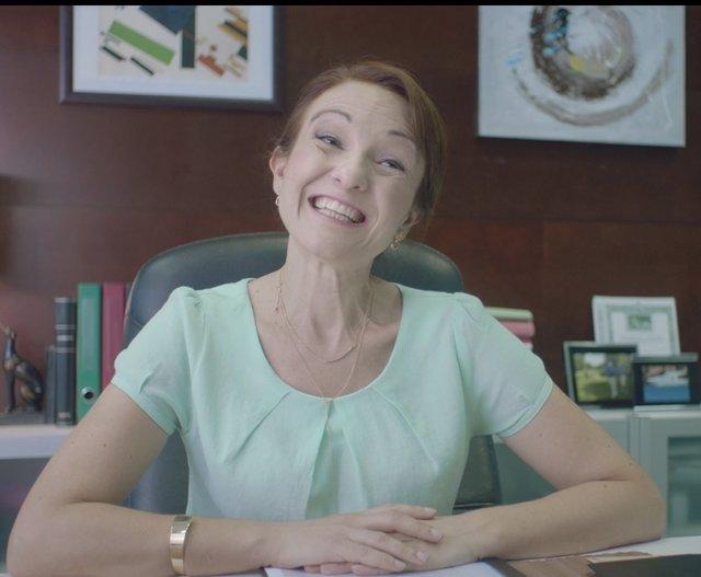 """El PP avisa en un vídeo: """"Sólo con sonrisas no se puede hacer funcionar el pais"""""""