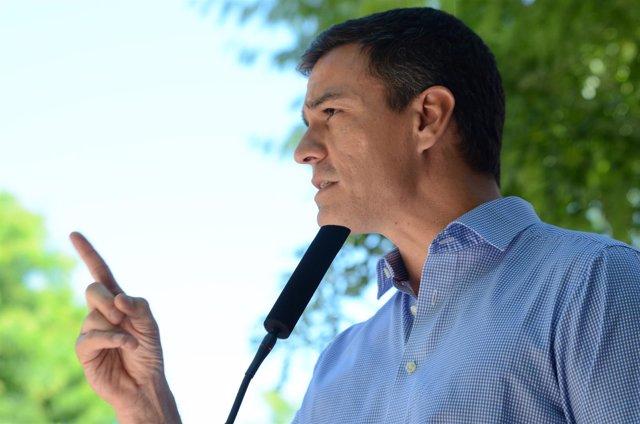 Pedro Sánchez en un acto de campaña en Madrid