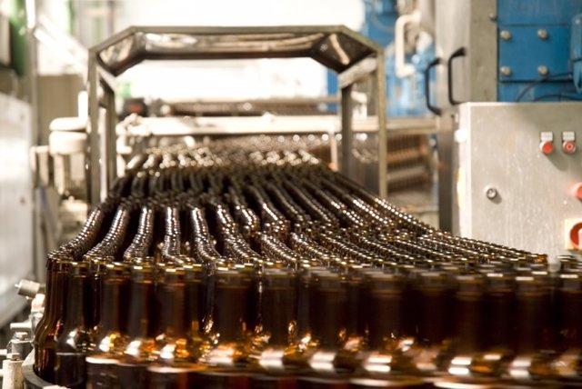 Fábrica de producción de cerveza