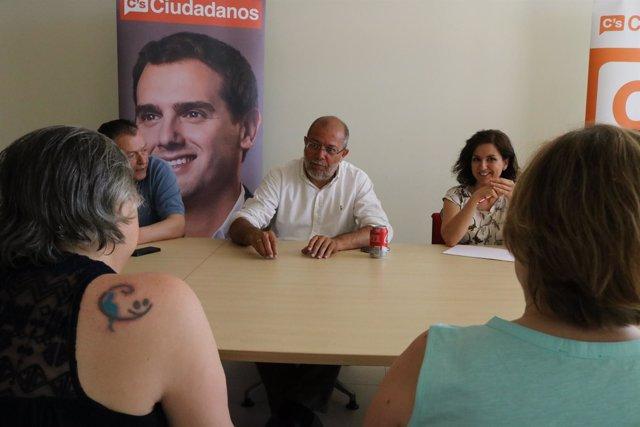 21.06.2016 Ciudadanos (C's) Guadalajara | Mesa De Sanidad En Guadalajara