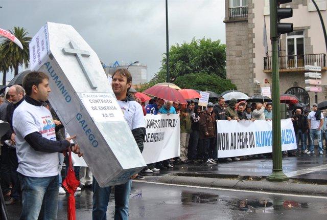 Protesta de trabajadores de Alcoa en A Coruña