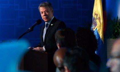 """Santos cree que """"el 20 de julio se habrán cerrado las negociaciones"""" con las FARC"""