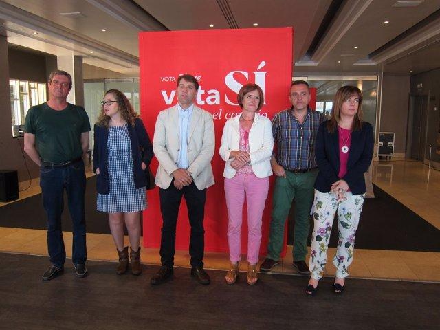 Reunión secretario Economía PSOE con socialistas cántabros y sindicatos