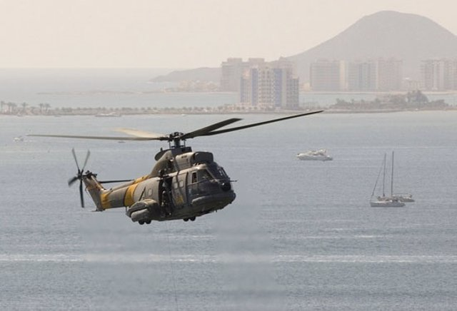 Un helicóptero 'Puma' del Ejército del Aire