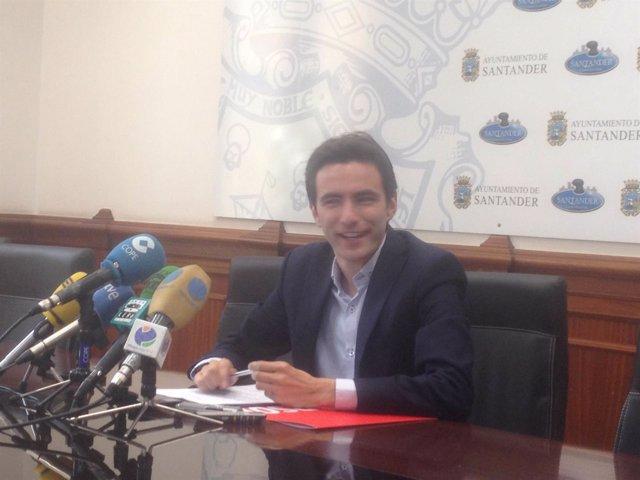 Pedro Casares en rueda de prensa