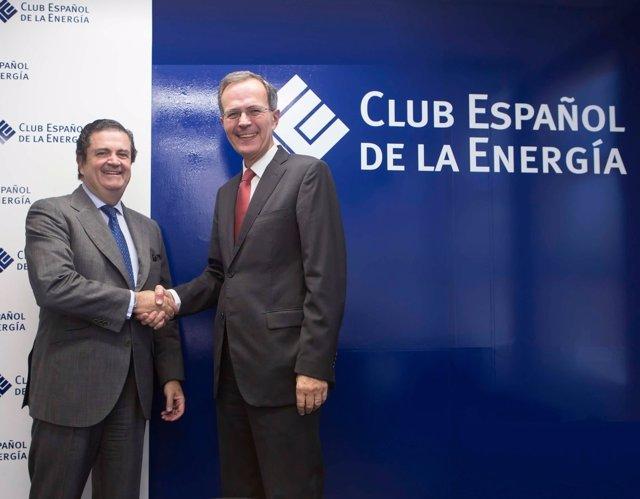 El nuevo presidente de Enerclub, Borja Prado (Endesa), con Pedro Miró