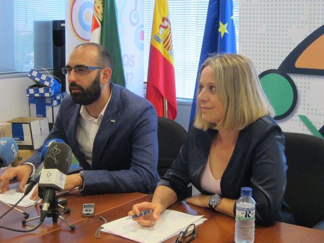 Ángel Calle y Raquel Martí Lezana en la presentación del proyecto