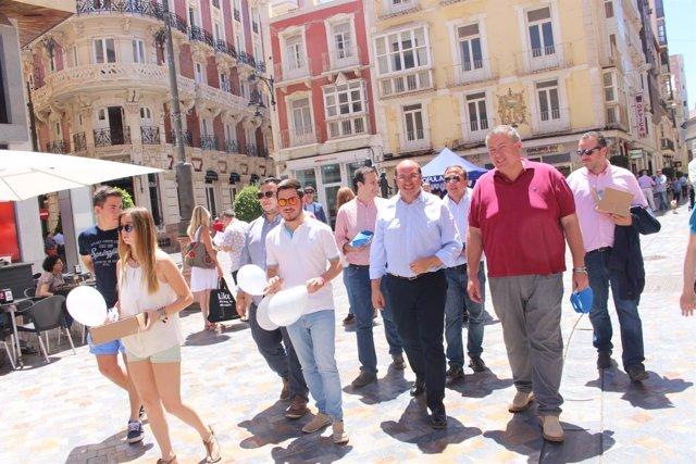 Pedro Antonio Sánchez y Bernabé en su visita a Cartagena