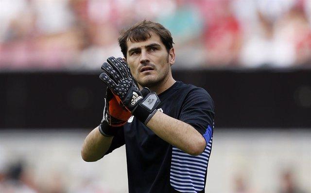 El Valencia topa con Casillas en la tanda de penaltis