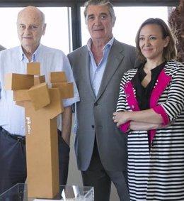 Escultura 'La Torre' para la nueva sede de Pikolín