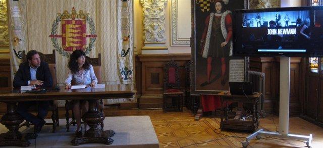 El alcalde, Óscar Puente, y Ana Redondo presentan los conciertos de Fiestas