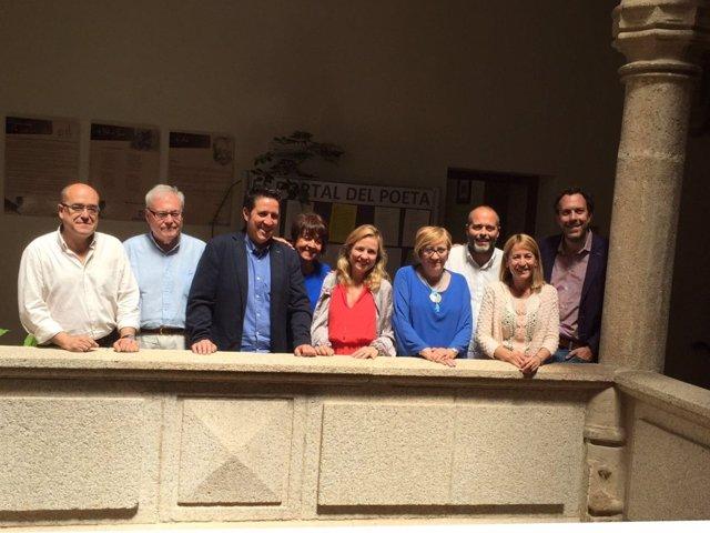Emilio Aumente con representantes de las ciudades patrimonio