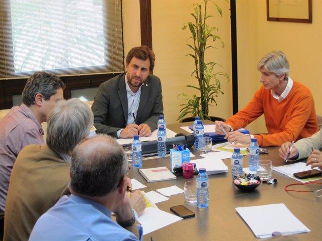El conseller Toni Comín preside la comisión de seguimiento de afectados