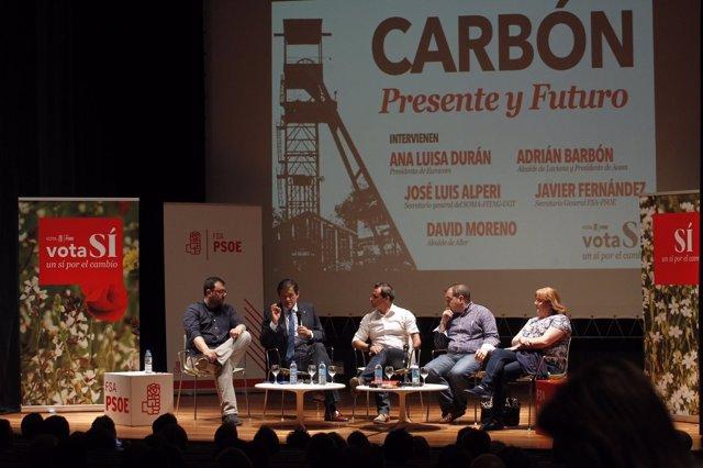 El presidente del Principado, Javier Fernández, en la jornada sobre carbón