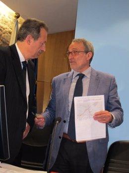 El secretario de la CEG, Fausto Santamaría y el presidente, Antonio Dieter Moure