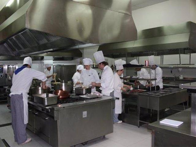 El Gobierno De Aragón Elimina Las Tasas Para Los Alumnos De