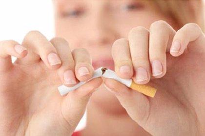 Una media de 30 intentos para conseguir dejar de fumar