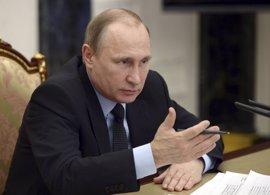 """Putin asegura que Rusia tiene que prepararse para responder a las """"acciones agresivas"""" de la OTAN"""