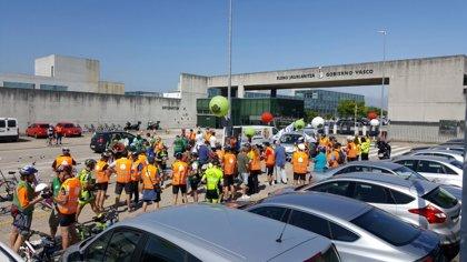 Unoa 150 ertzainas realizan una marcha ciclista para exigir negociación a Seguridad