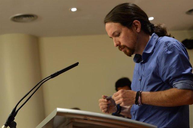 Rueda de prensa de Pablo Iglesias en el Congreso tras reunirse con el Rey