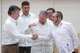 Gobierno y FARC acuerdan que la guerrilla abandonará las armas 180 días después del acuerdo de paz