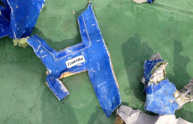 Restos del avión de EgyptAir desaparecido en el Mediterráneo