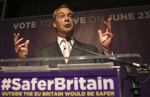 El líder del Partido por la Independencia de Reino Unido (UKIP), Nigel Farage