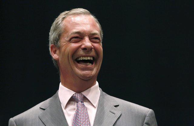 Nigel Farage miembro del UKIP