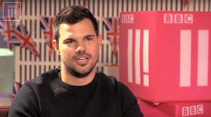 Taylor Lautner se incorpora al reparto de Scream Queens
