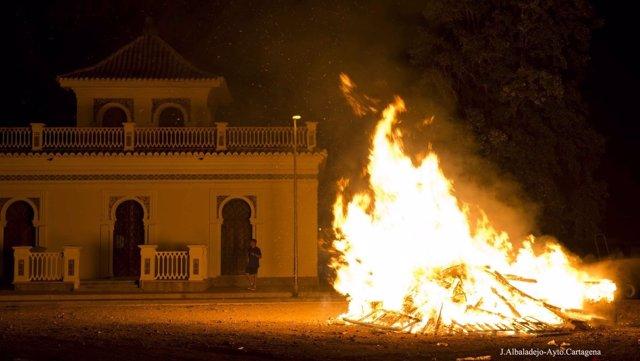 Hoguera Noche de San Juan